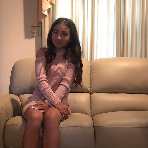 Forever 21 Dresses & Skirts - Light pink dress